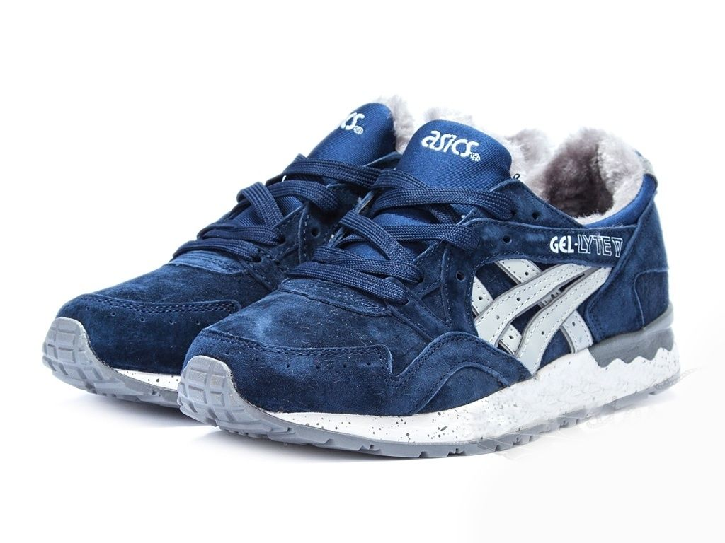 Зимние кроссовки Asics купить недорого от 4390 руб в интернет ... 2ab3ce2ac39