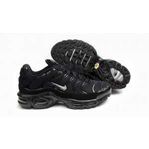 Кроссовки Nike Air Max TN Plus черные с белым лого мужские