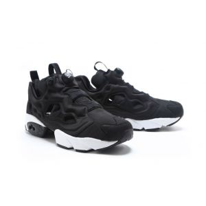 Reebok Insta Pump Fury x master pirat black