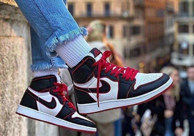 Высокие кроссовки Nike Air Jordan 1 Retro Bloodline