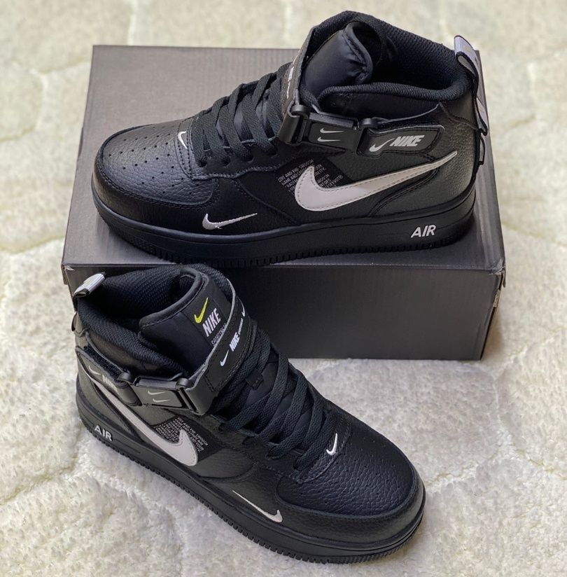 Зимние кроссовки на меху Nike Air Force 1 Mid