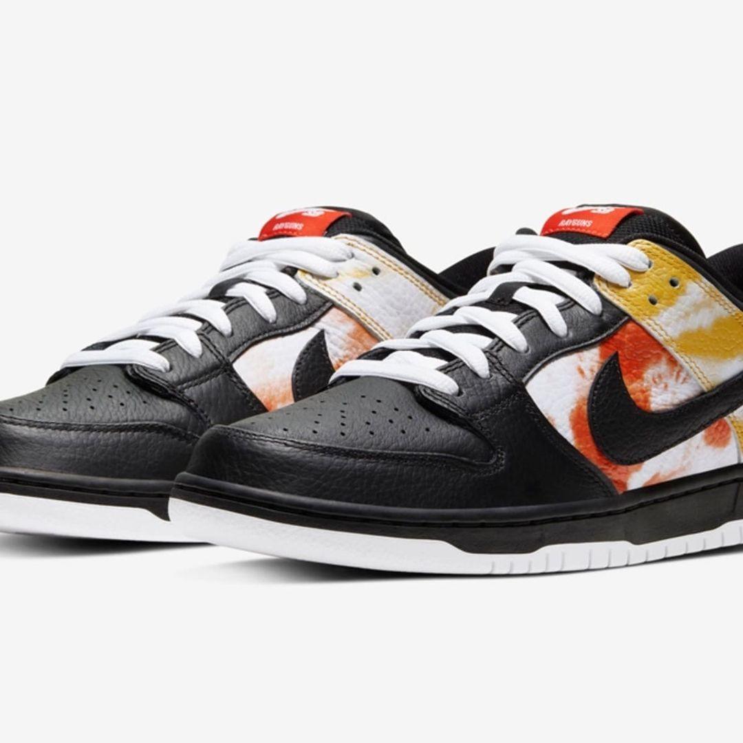 Кроссовки Nike SB Dunk Low Raygun Tie-Dye Black