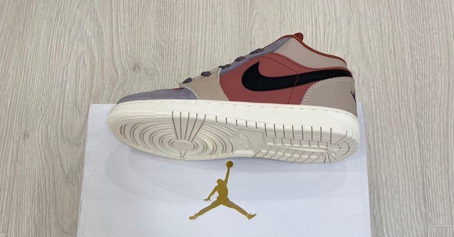 Jordan 1 Retro low