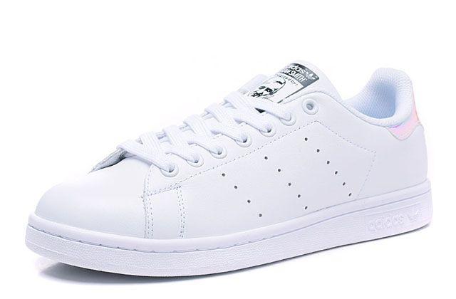 Adidas Stan Smith (белые/перламутровые)