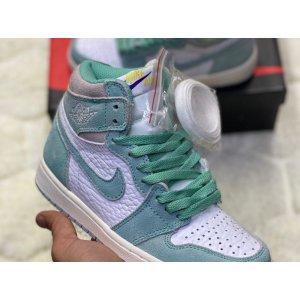 Air Jordan 1 Retro High Green White