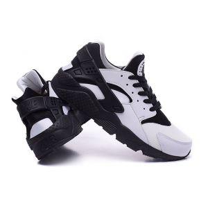 Купить кроссовки Nike Air Huarache белые/черн)