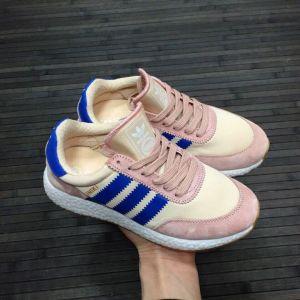 Женские кроссовки Adidas Iniki бежево-розовые