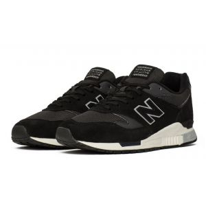 New Balance 840 (Black/White)