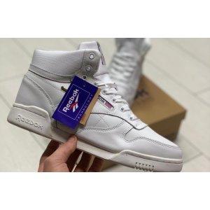 Зимние высокие кроссовки Reebok Classic на меху белые