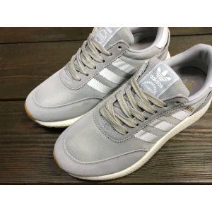 Женские кроссовки Adidas Iniki серые