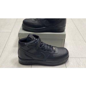 Зимние высокие кроссовки с мехом Nike Air Force Mid