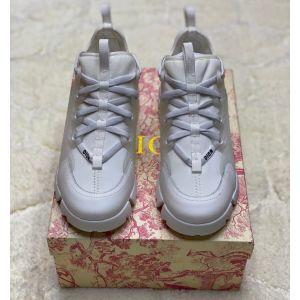 женские белые кожаные кроссовки Dior