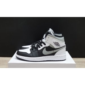 Air Jordan 1 Retro High Black White 3